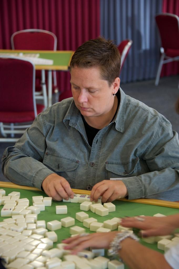 111001_german_mahjong_open-28