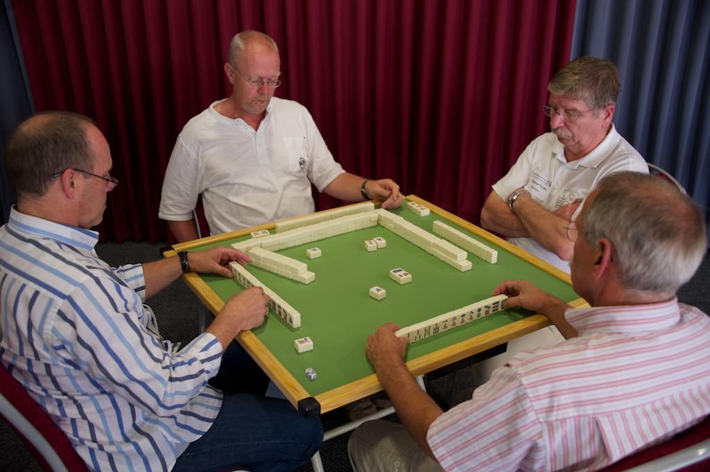 111001_german_mahjong_open-84