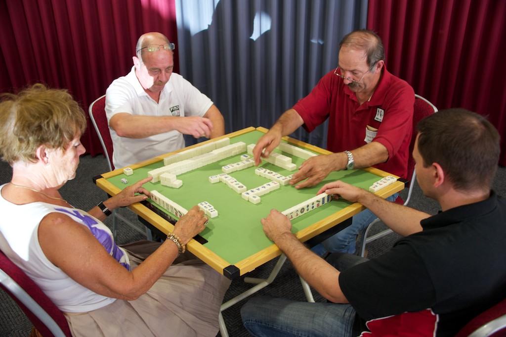 111001_german_mahjong_open-85