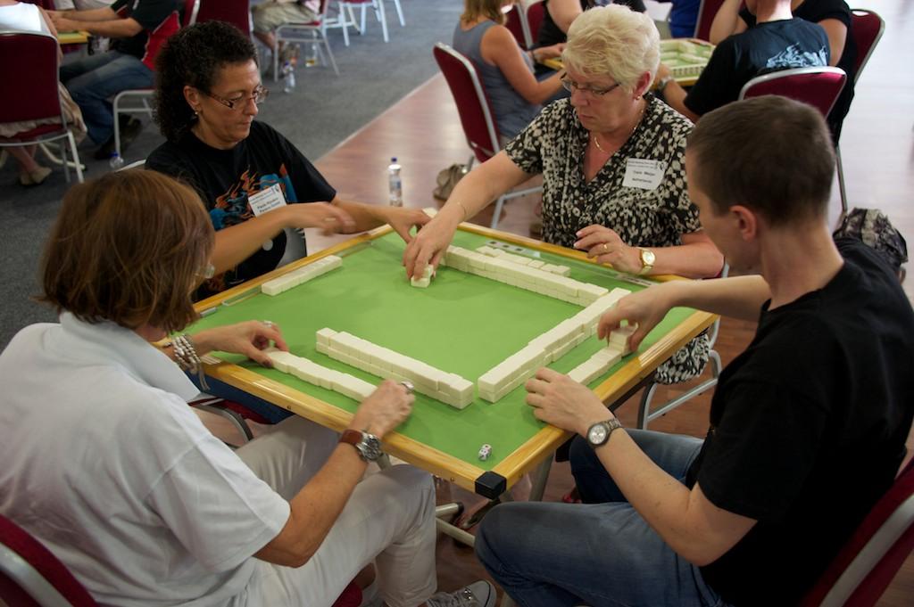 111001_german_mahjong_open-87